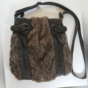 Crossbody faux fur with pvc straps and inserts